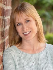 Jennifer Bennett, Board of Directors Member at-Large
